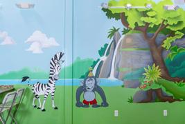 kids party room mural
