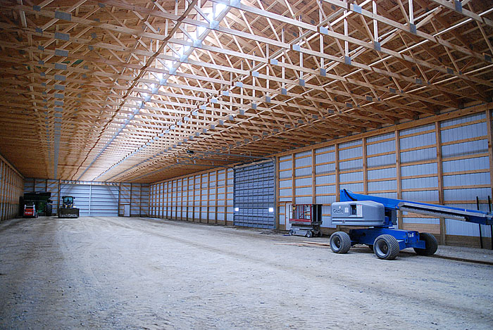 Features like the ridge-line sky light provide excellent lighting throughout the building without the need for costly overhead electrical lights. & Cold Storage Buildings - Pinke
