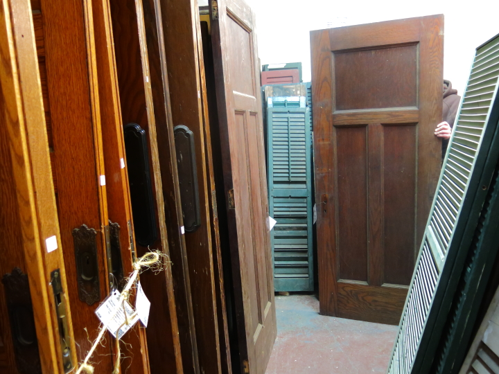 I am really excited about the new door and canu0027t wait until the weather warms up a bit (my garage is freezing right now!) so I can work on refinishing it. & Blog - homeandawaywithlisa pezcame.com