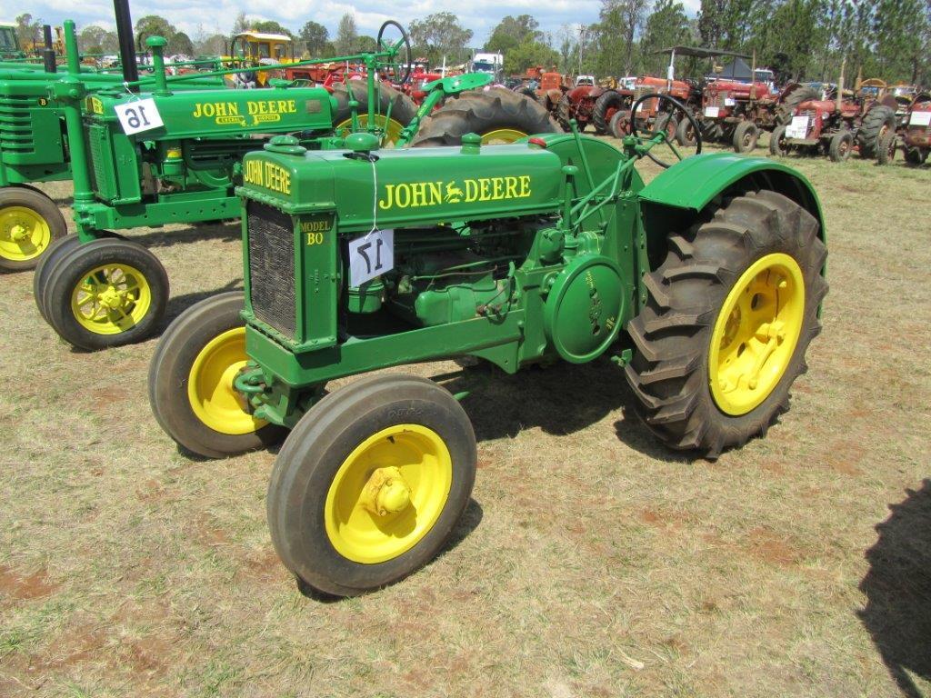 Old John Deere Tractors : Two cylinder vintage home tractors john