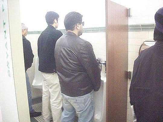 Cute Gay Bathroom Design