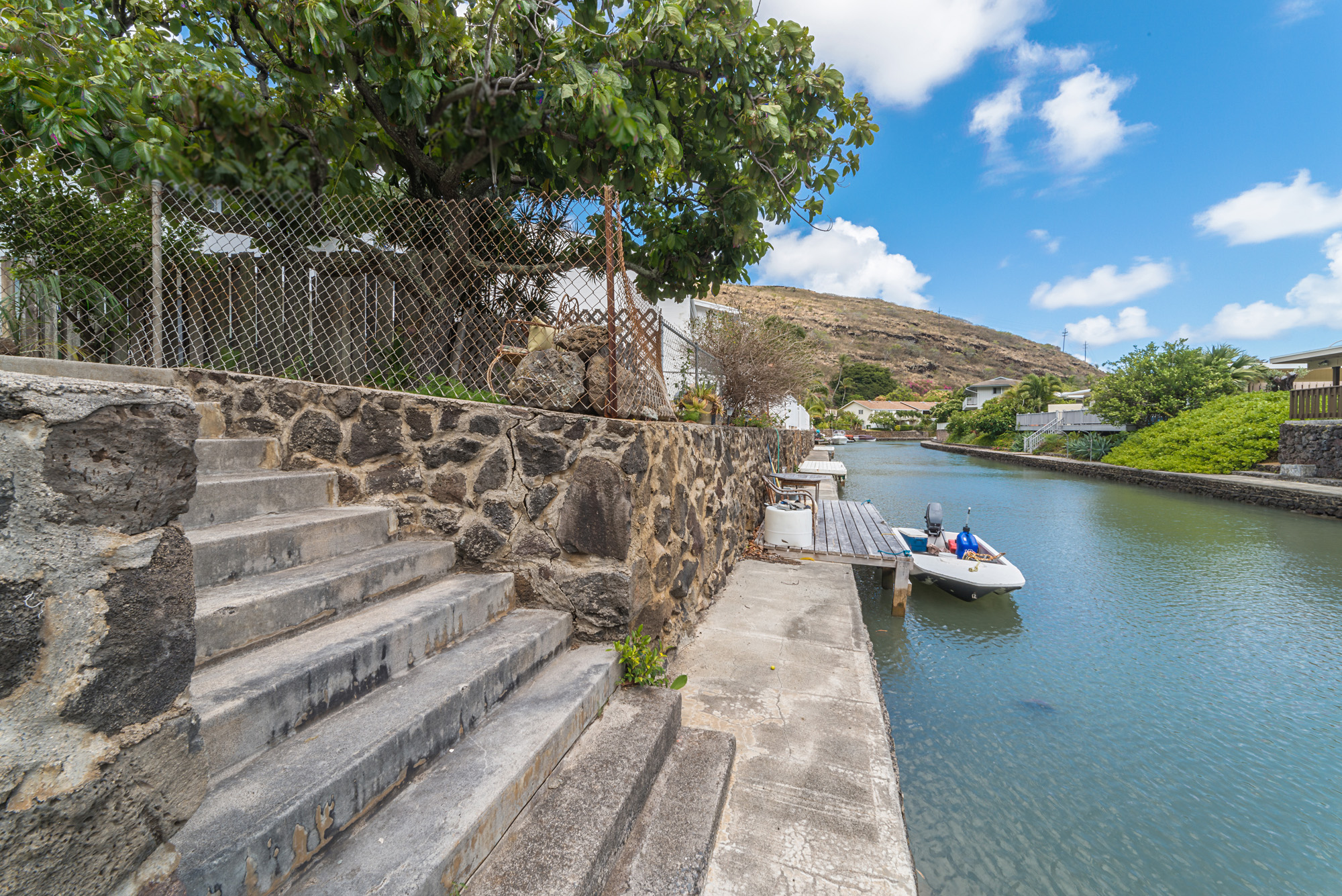Charmant JUST LISTED FOR $700K   Waterfront Townhome In Hawaii Kaiu0027s West Marina.  This Gorgeous Townhome At Hale Makani Kai Has Been Remodeled And Is Ready  To Move ...