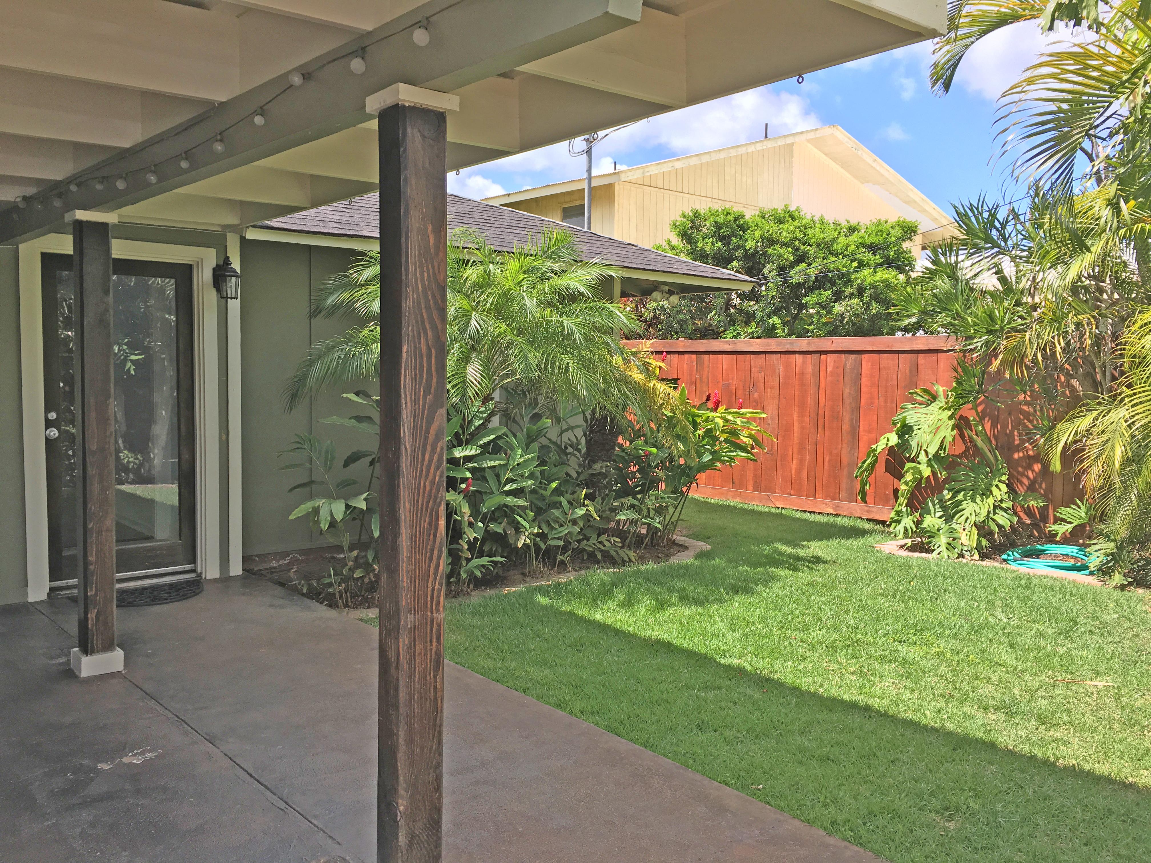 Kailua Real Estate Super Cute Coconut Grove Beach House