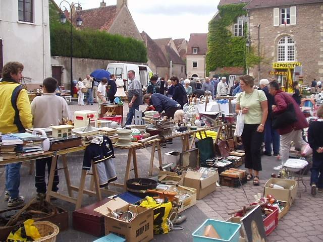 Tips For Haggling And Navigating Local Flea Markets Design2share Interior Design Q Amp A