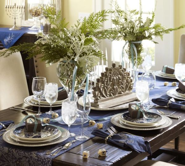 Holiday decor ideas 3 hanukkah table settings for Table setting design