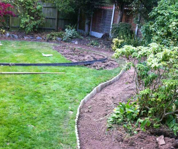 Small Garden Designs: Small Garden Design Work In Progress
