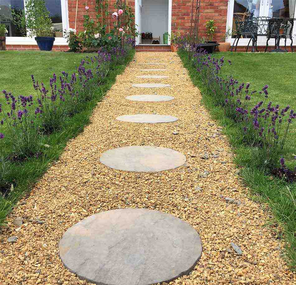 Small garden path design small garden ideas garden for Garden design plans uk