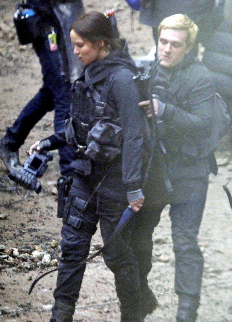 The Hunger Games News - Panem Propaganda
