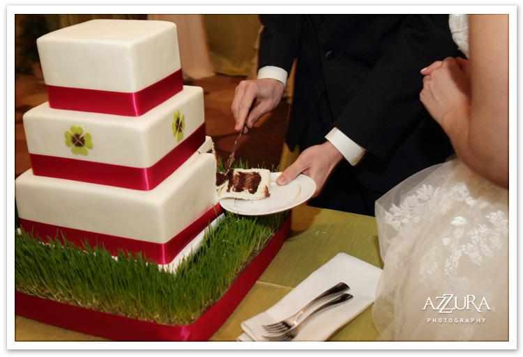 Yummy cake by New Rennaisance