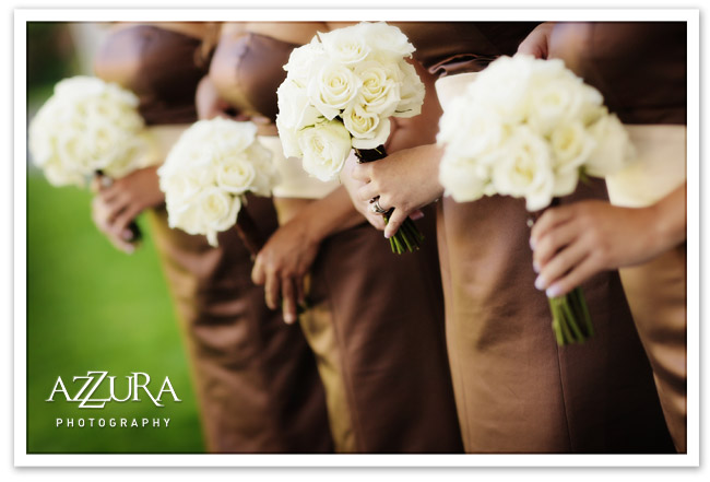 White roses and brown bridesmaid dresses at a Seattle wedding