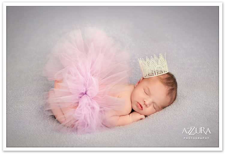 Bellevue Newborn Baby Portrait by Azzura Photography