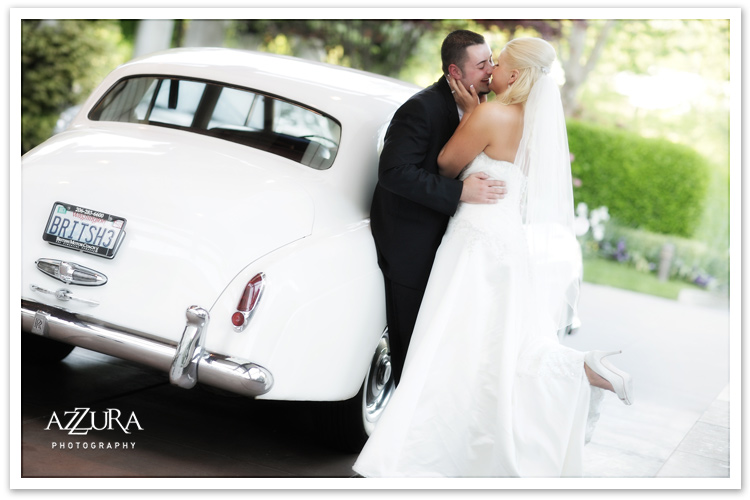 Seattle Wedding Photography with British Motor Coach
