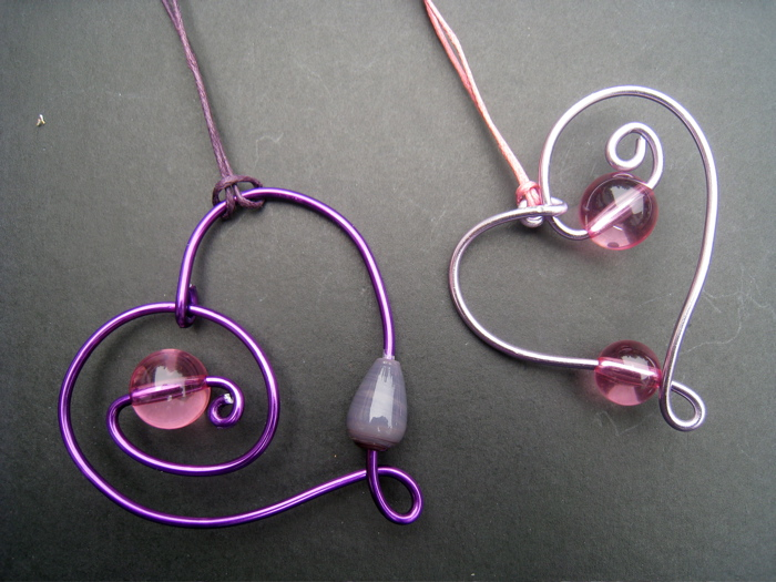 The potential of craft wire my blog marisol diaz for Very simple wire craft projects