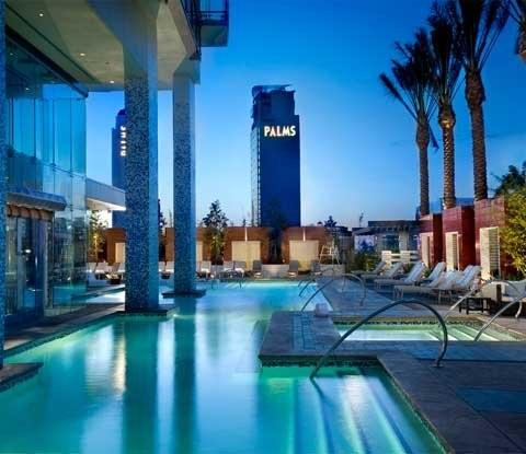 Palms Place Hotel