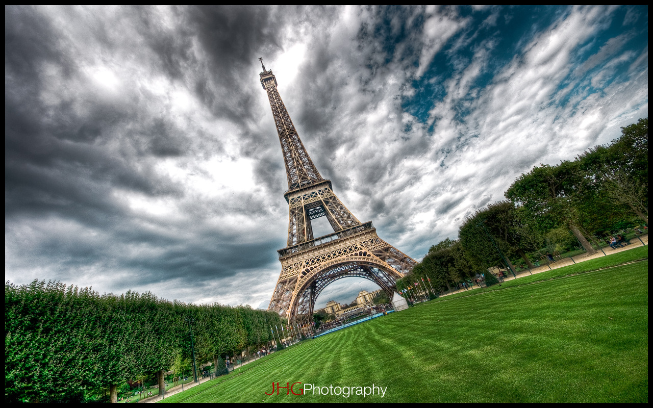 Paris Eiffel Tower HD High Definition Resolution Wallpaper France 2560x1440 1920x1200 JHGphoto