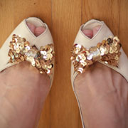 DIY Shoe Clip by Liz Stanley for Momtastic