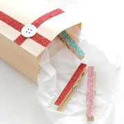 DIY Glitter Clothespins with DIY Gift Bag