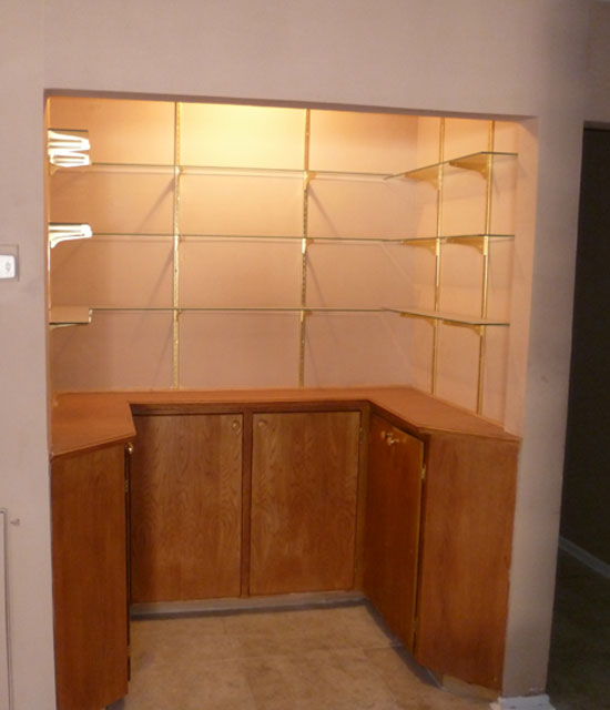 If You Don T Have The Cabi E In Kitchen Alternative Es Can Be By Rooms Consider Converting A Closet To Dry Bar As Pictured