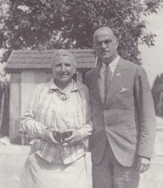 In Which Gertrude Stein And Alice B Toklas Cuddle To Keep Warm