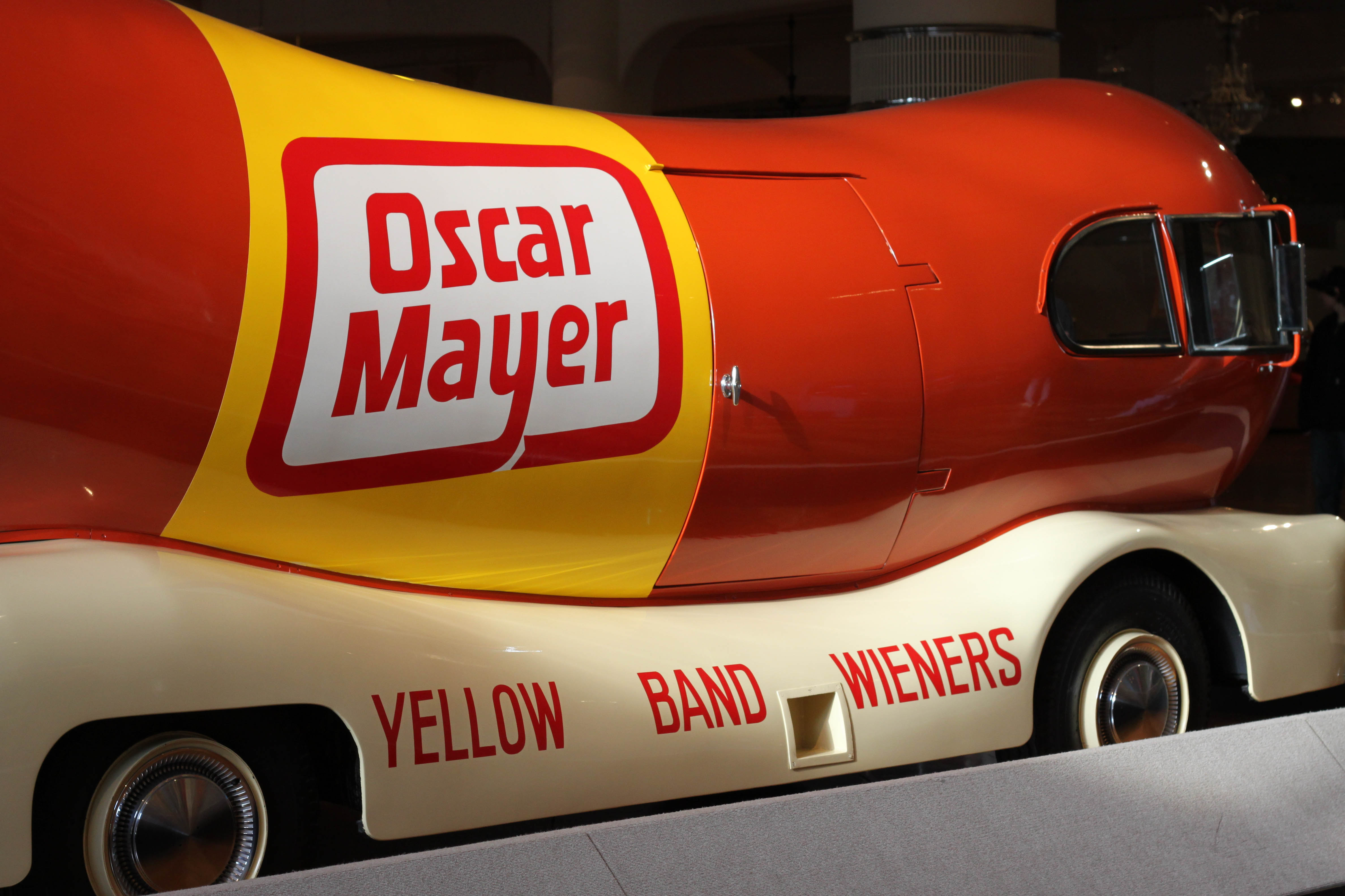 Hot Diggity Dog The Wienermobile Food Truck Is Coming To Detroit