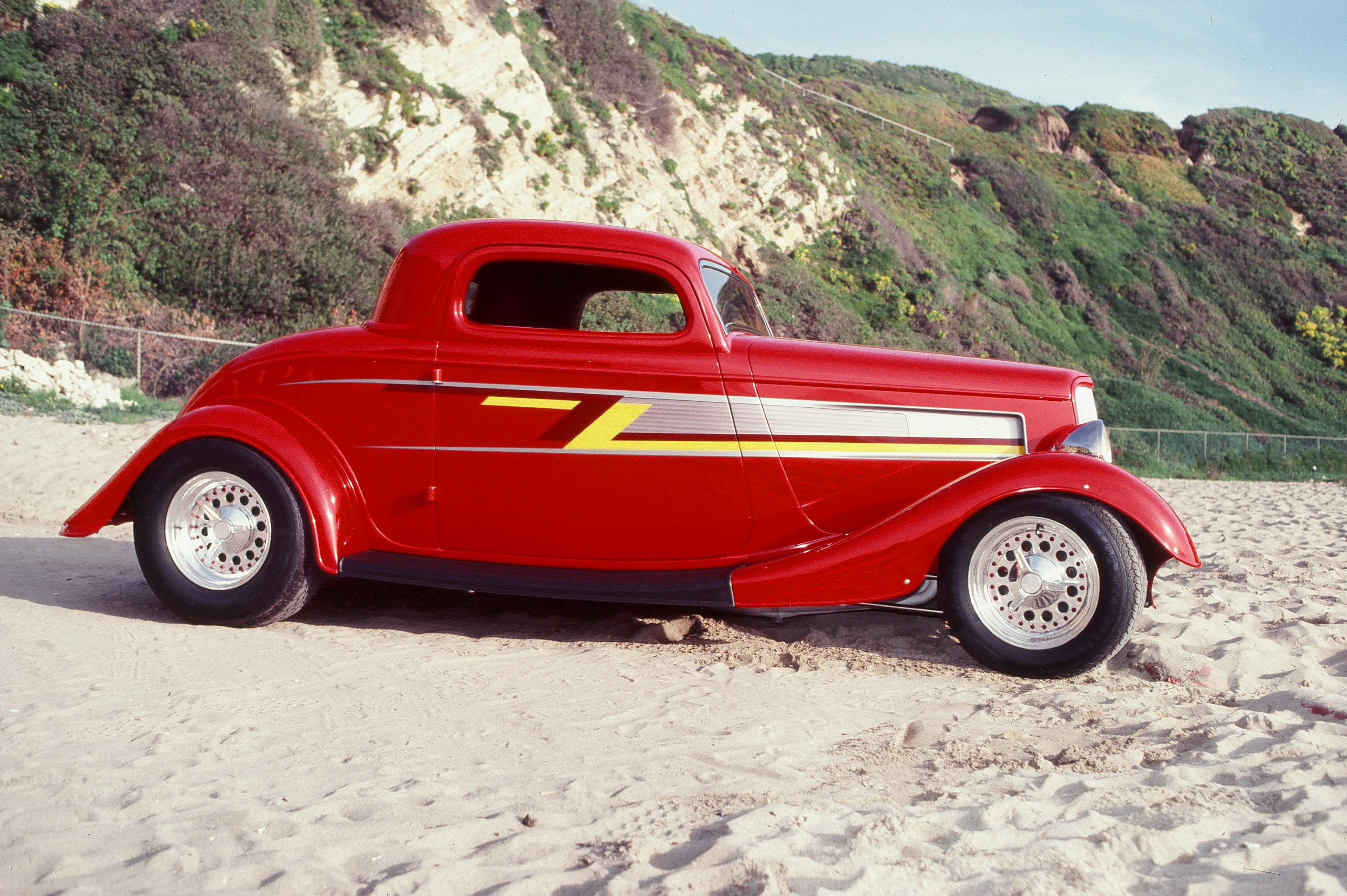 Billy gibbons zz top eliminator 1932 ford coupe movie cars pinterest zz top billy gibbons and coupe