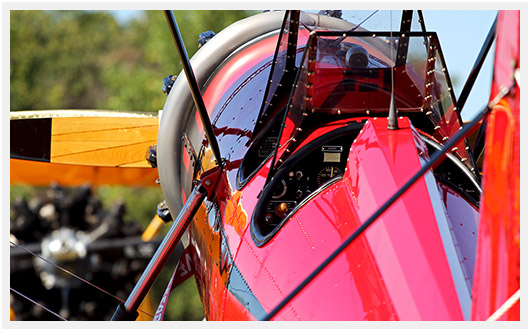 http://airpigz.com/blog/2014/5/6/coolpix-the-beauty-of-biplanes-antique-airfield-2013-desktop.html