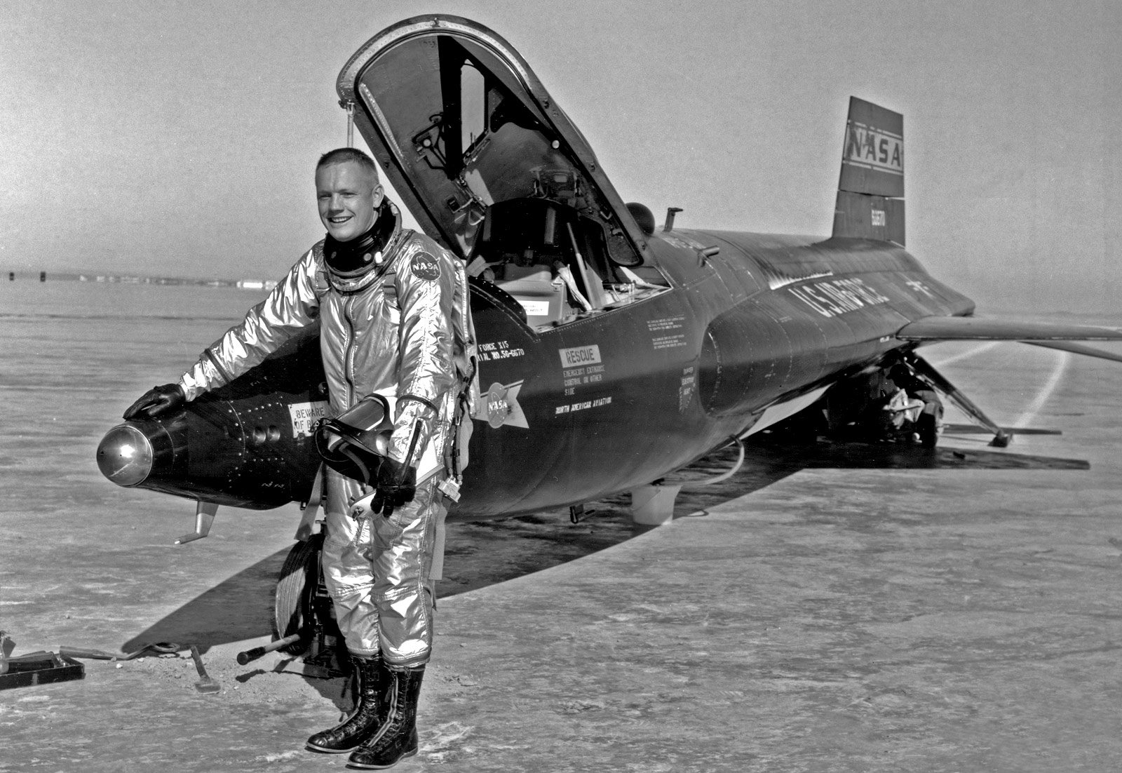 CoolPix - X Planes: Neil Armstrong And The X-15 In 1960 ...