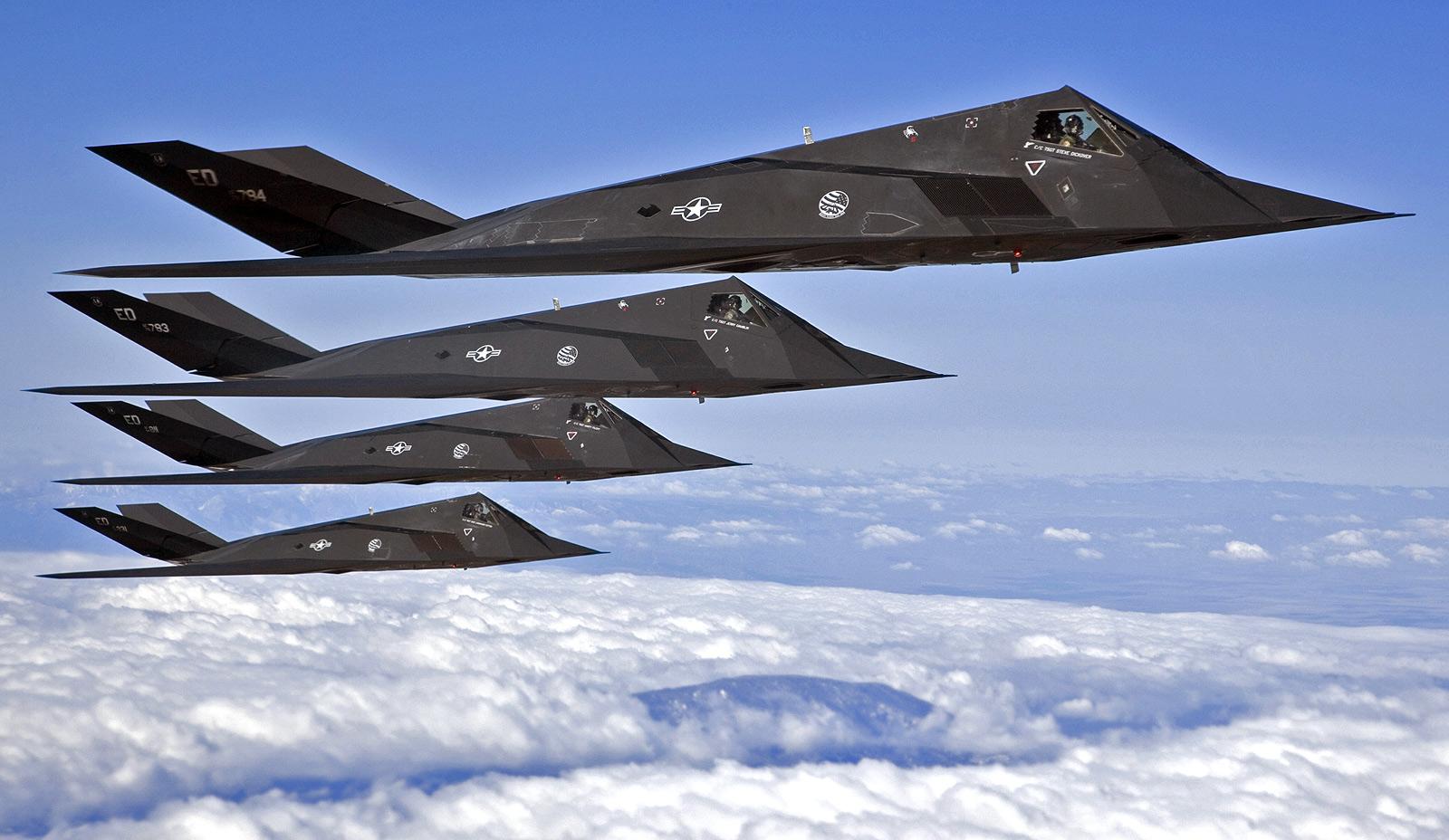 click pic for hi-res  F 117 Nighthawk
