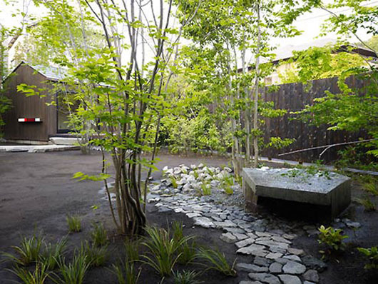 Minimalist Asian Landscaping Design by Takeshi Nagasaki