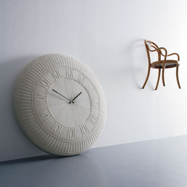 The Most Beautiful Modern Clocks for a Beach House cool clock gomitolo