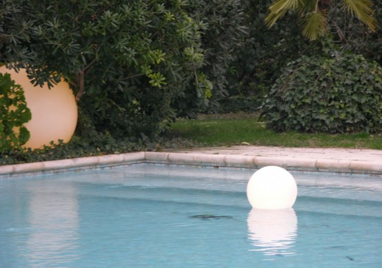Charming garden and swimming pool lights by slide designtodesign magazine for Design your own swimming pool online