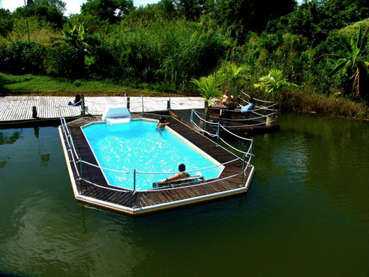 Modern Floating Pools For Outdoor Party By Mobideep