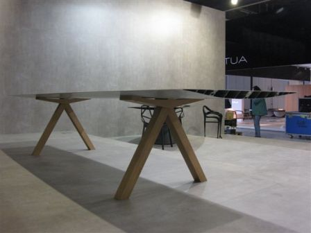 Table b by konstantin grcic for bd barcelona design for Complex table design