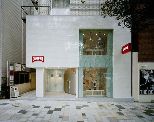 Camper store modern minimalist fashion shop interior by for Modern minimalist house facade