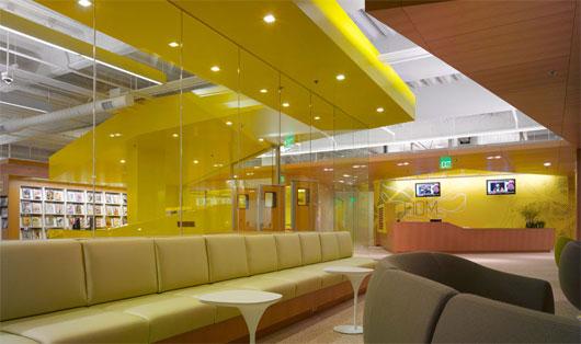Modern college interior design by clive wilkinson Online classroom designer
