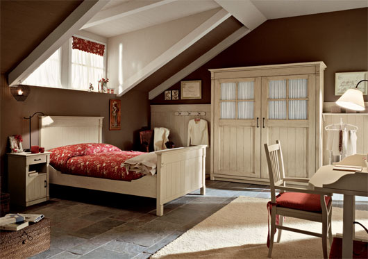 English country style bedroom interior from arredamento mobili designtodesign magazine - Country style bedroom ...
