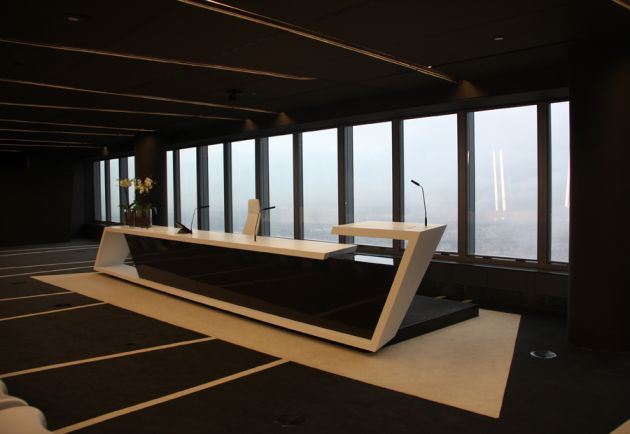 Torre de cristal office interior by a cero architects for Office design journal