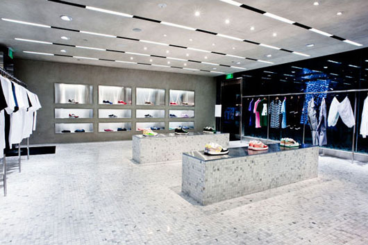 Wonderful Clothing Store Interior Design Ideas 530 x 353 · 51 kB · jpeg