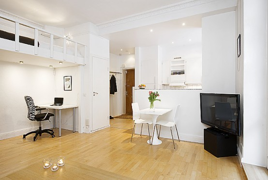 Swedish people are always good in designing very practical interiors. This  34 square meter 1 room apartment isn't the exclusion.