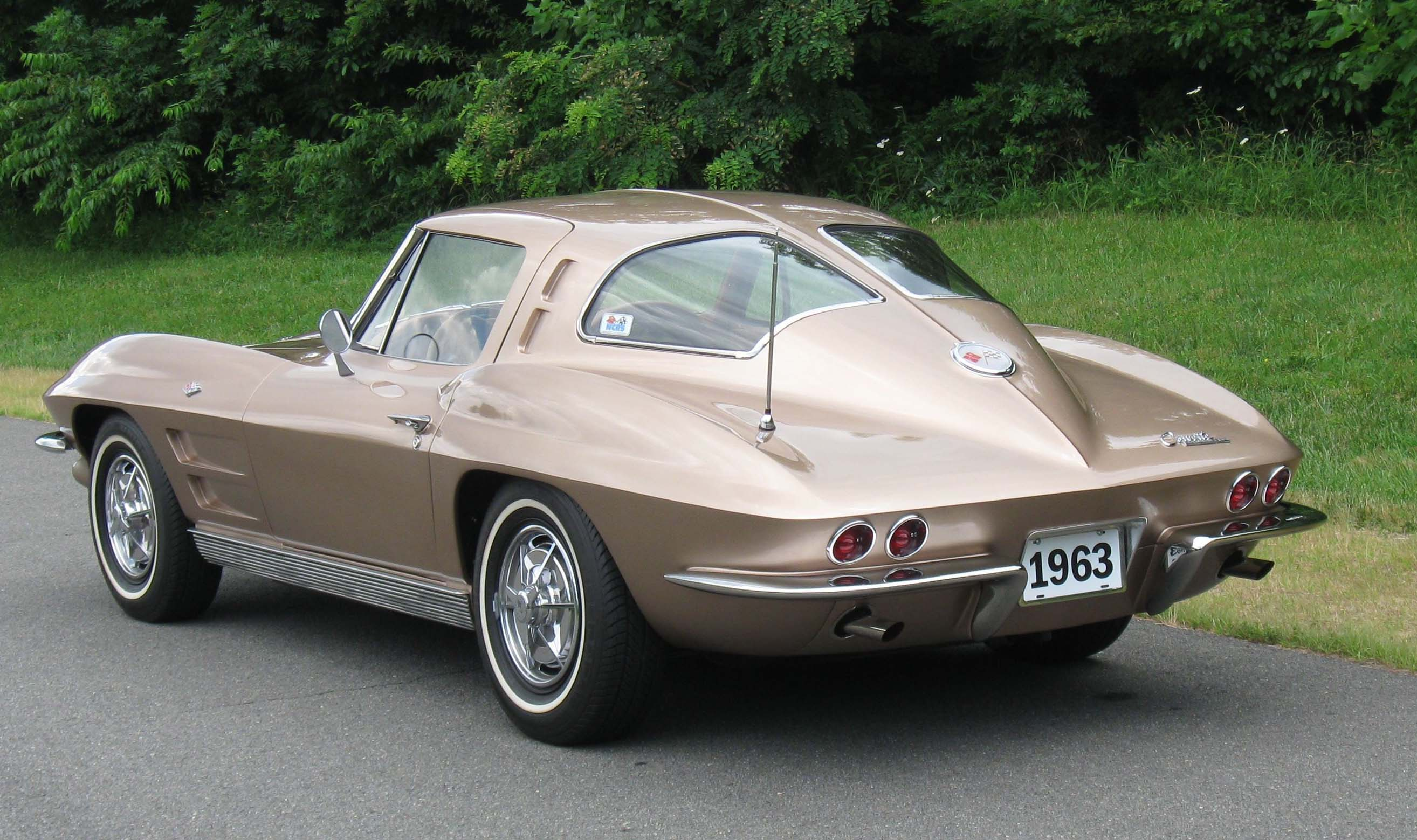 Street dreams the latest 1963 split for 1963 split window coupe corvette