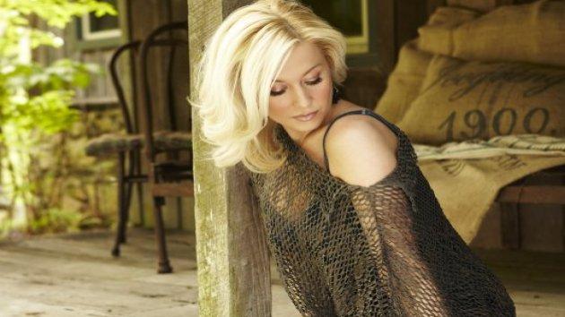 Kellie Pickler's Camp Confirms Split with Sony Music Nashville