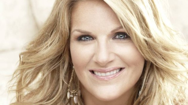 "Trisha Yearwood Releasing New Album, ""PrizeFighter: Hit After Hit,"" on November 17"