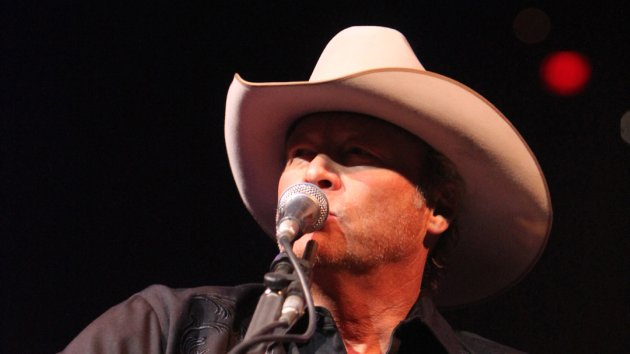 Alan Jackson Sets Attendance Record at San Antonio Livestock Show and Rodeo