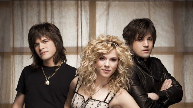 The Band Perry Talks Paisley, Pasta and Parties