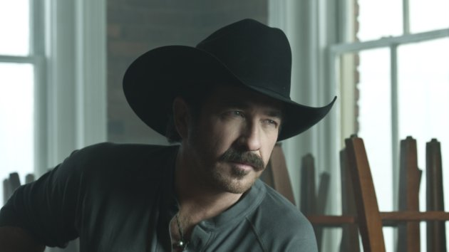 """Kix Brooks Does a Little Time Traveling in """"New to This Town"""" Video"""