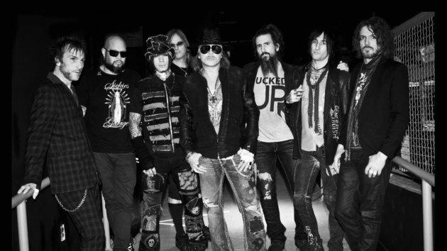 """Guns N Roses 2013 Members Guitarist Ron """"Bu..."""
