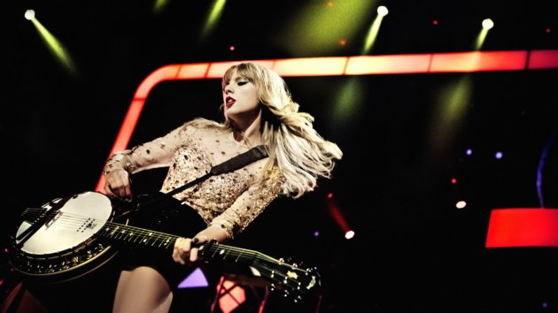 Taylor Swift Ends The Red Tour Tonight In Singapore New Music Coming Soon Music News Abc News Radio