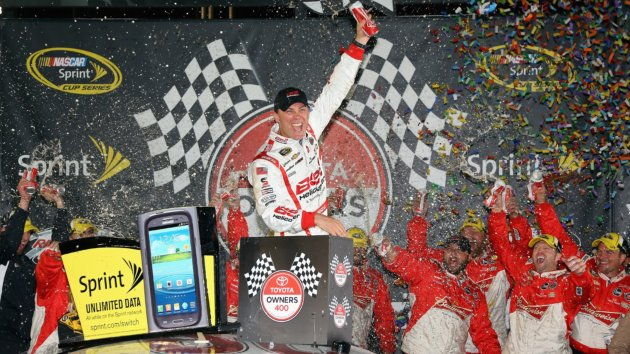 Getty_S_042713_Kevin Harvick.jpg?__SQUARESPACE_CACHEVERSION=1398346696575