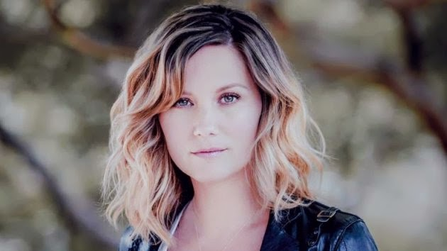Jennifer Nettles Talks About Lesbian Rumors Coming Out As A