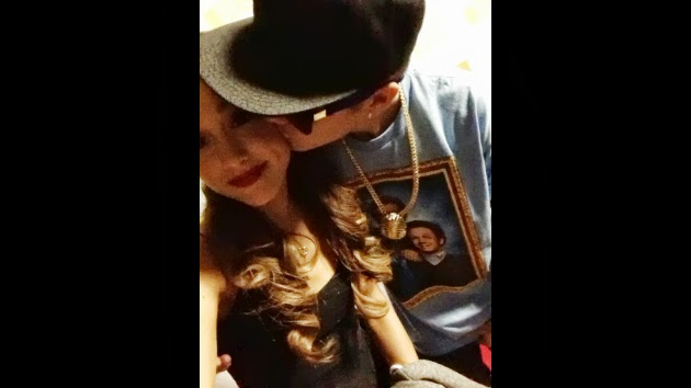 That's something Ariana grande and justin bieber kissing all clear